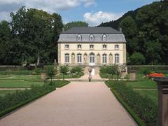 Echternach (L) (Arthur-A) Tags: roses garden palace tuin luxembourg luxemburg paleis echternach rosarium