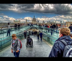 Crossing the Millennium HDR (-phil-) Tags: london millenniumbridge