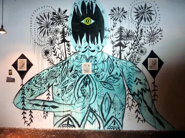 P1030425-2010-08-14-Living-Walls-Opening-EyeDrum-Doodles