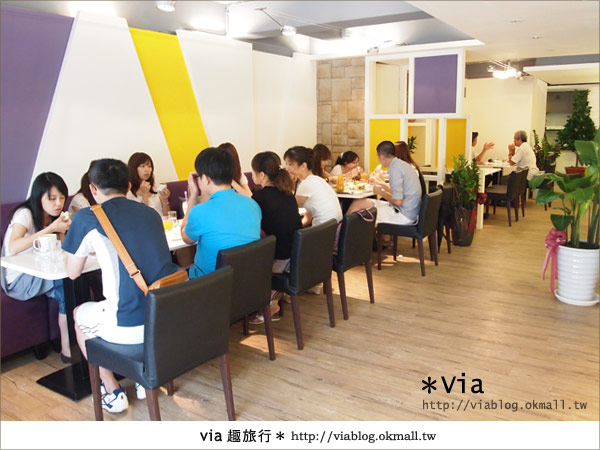 【台北東區美食】時尚午茶首選~Chin Chin Cafe蜜糖吐司5