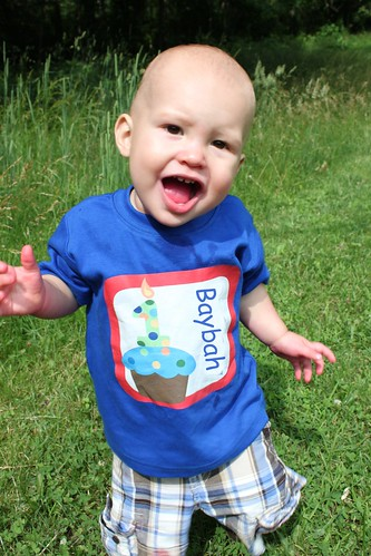 4902790738 fa6ab45e80 Etsys I Spot You Customized Tees for Your Tots Review & Giveaway!  Closed