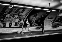(J N Photography) Tags: street people bw paris france night underground photography 50mm town europe sony mtro capital nb capitale sparkling pigalle a300 metroplitain alpha300 jeremynuyten
