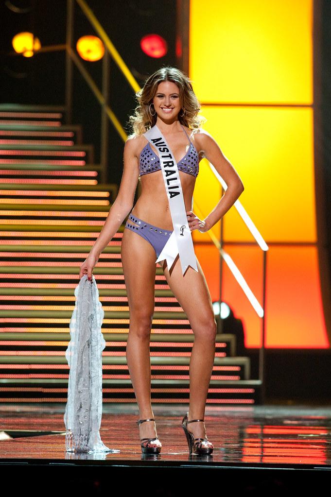 Miss Universe bikini Australia Jesinta Campbell