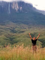 I did it! [66/104] (castmario. I'm Curios ;)) Tags: world trip naturaleza nature lost venezuela selva jungle mundo perdido gransabana roraima