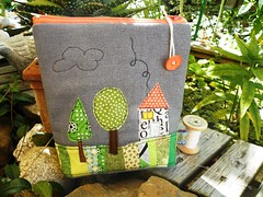 ... (monaw2008) Tags: handmade linen fabric pouch quilting patchwork applique rawedge monaw monaw2008