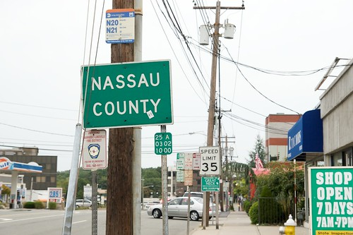Nassau County Line on Northern Blvd.