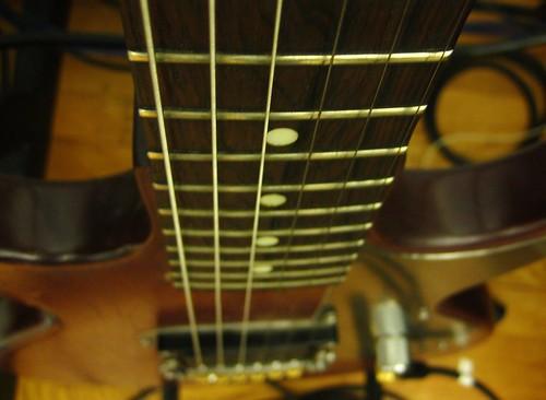 2010-08-22 guitar 003