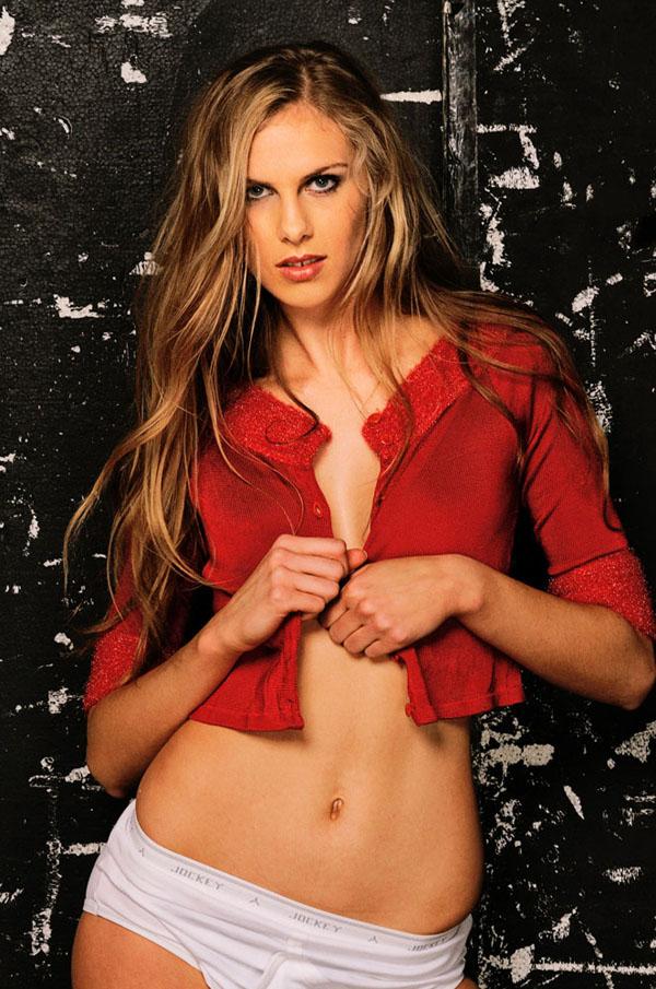 Kirstin, Fashion Portfolio, Modelling Mid Shot