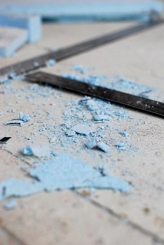 Blue foam dust gets everywhere