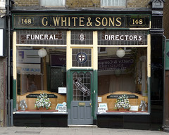 G White and Sons, Hoe Street E17