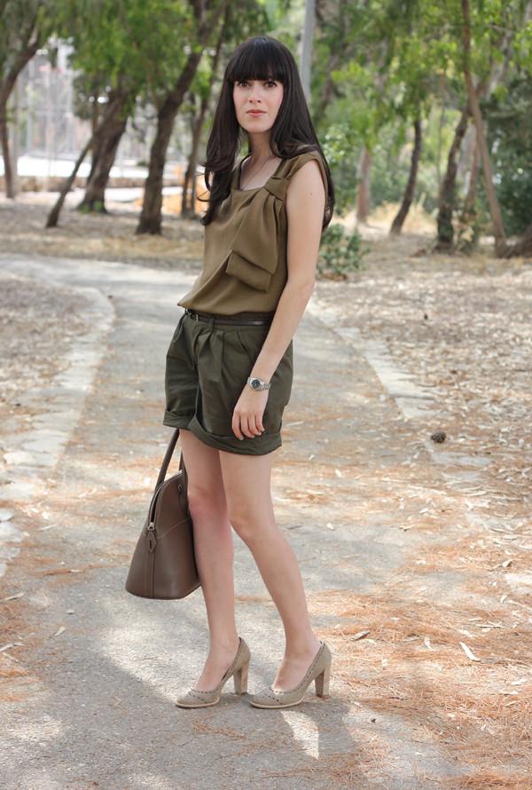 green_shorts6