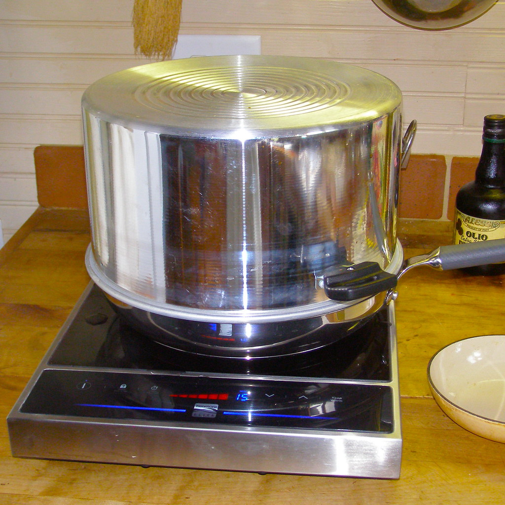Steam Canning on the Induction Cooker