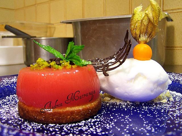 """Gelo di """"Mellone"""" su biscotto alle mandorle e gelato al gelsomino ( oppure alla mela verde)"""