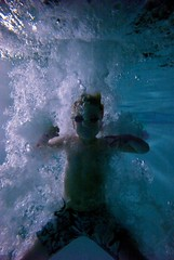 Leica M8 Underwater Test II - Explode (willstotler) Tags: leica blue boy water pool night swimming swim dark bag marine underwater angle dive goggles bubbles diving m8 housing ultrawide uf waterproof ewa 18mm uwa 1838 ewamarine leicam8 willstotler superelmar superelmar1838