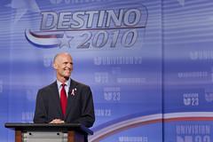 Rick Scott for Florida Governor (Governor Rick Scott) Tags: usa studio sink florida unitedstatesofamerica candidate republican campaign taping doral supporters gubernatorial signwavers univison debte