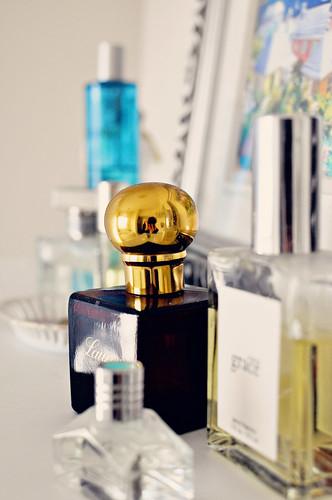 perfume-019 smitten sweet