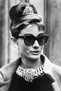 Andrey Hepburn cat eye sunglasses