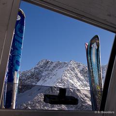 Skilift with a view.jpg (Sredloms) Tags: wintersport ötztal sölden skieën wintersport2010 januari2010