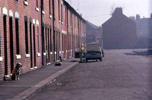 Goldthorpe: Queen Street Sunday morning. Easter 1968