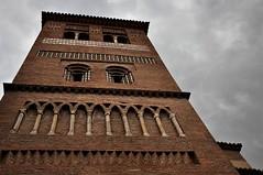 Torre con nubes (enrique1959 -) Tags: martesdenubes martes nubes nwn torre torremudejar teruel aragon españa europa