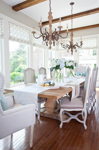French-Dining-Room.-French-Dining-Room-Ideas.-French-Dining-Room-Furniture.-White-French-Dining-Room.-French-Dining-Room-Ideas.-French-