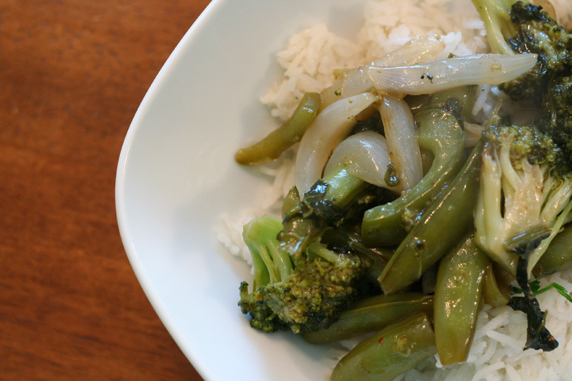 Broccoli & Pea Pod Stir Fry