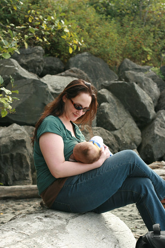 discovery-park-breastfeeding