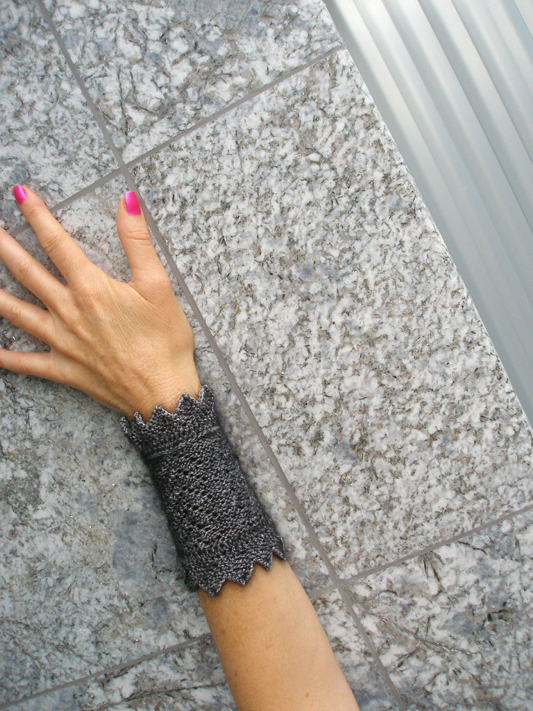 Wristlets with an Edge