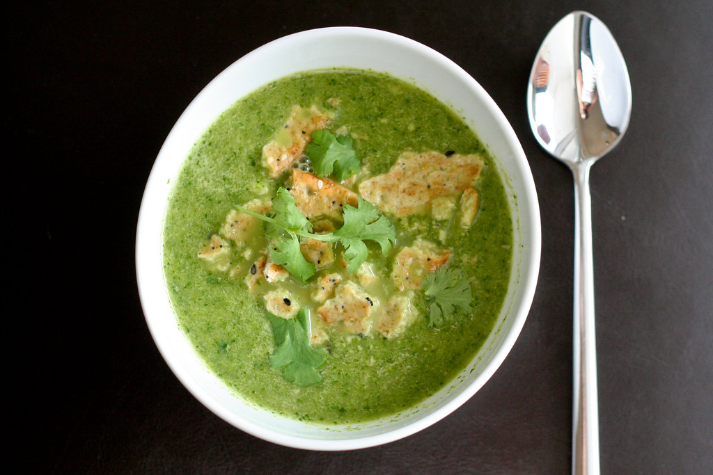 Green Curry Spinach & Zucchini Soup