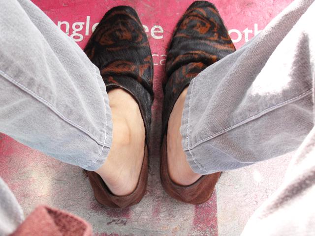 Hair sandals 01