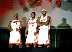 LEBRON DWAYNE WADE & CHIS BOSH TOGETHER IN MIAMI