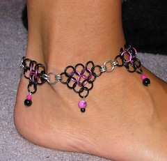 Black and hot pink chainmaille anklet