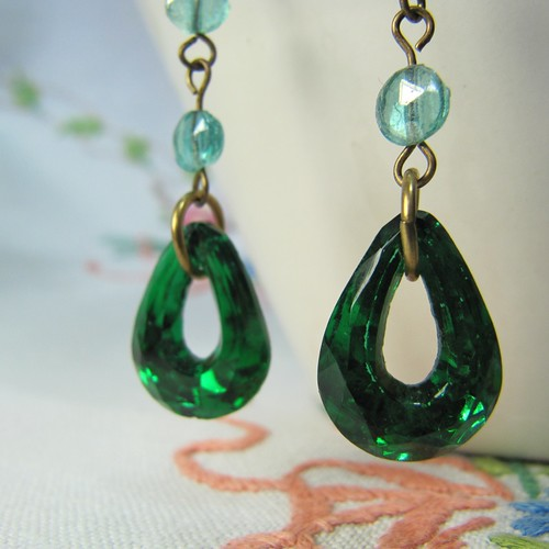 kyle richards emerald earrings. s emerald wont see
