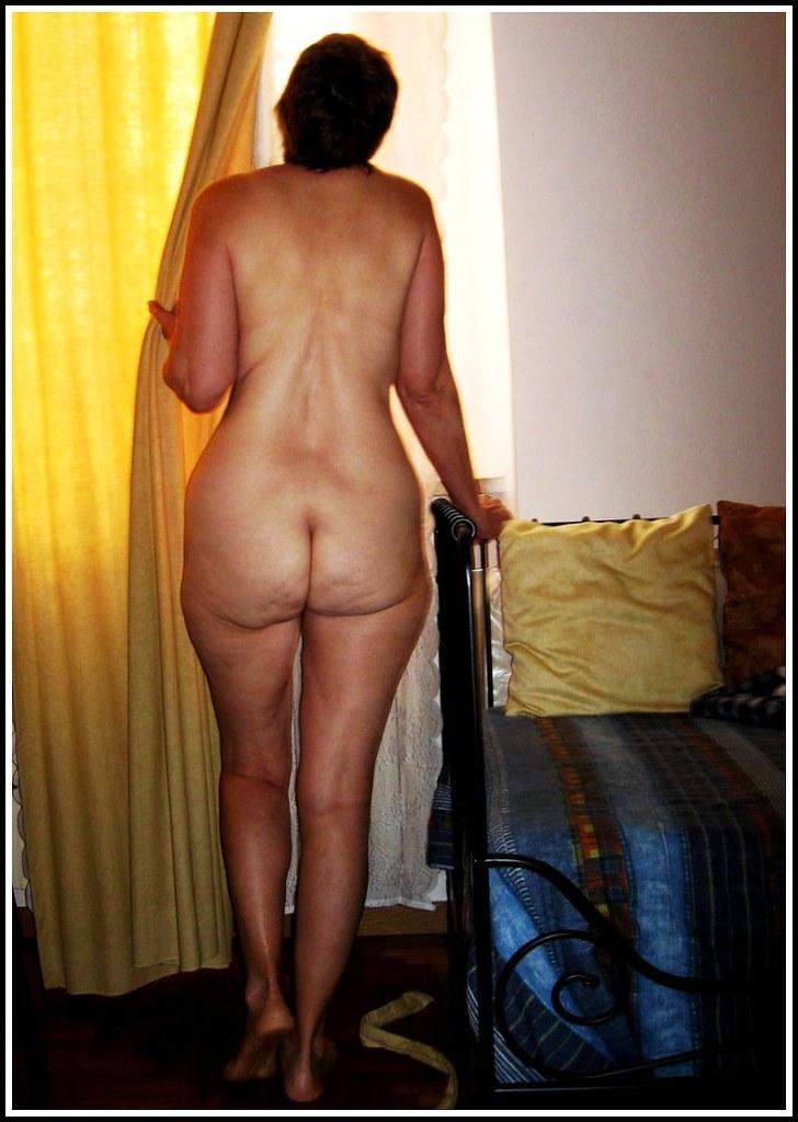 nude wife foto