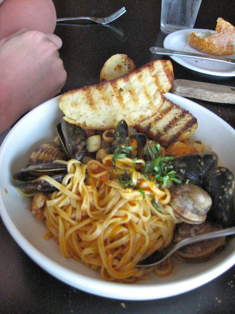 market seafood pasta.