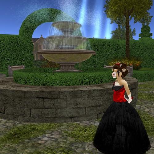 Dairy Queen wanders the gardens