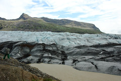 Svinafell glacier (Andrea Schaffer) Tags: summer ice island iceland islandia july dirty glacier sland 2010 islanda vatnajkull  rfajkull canonefs1755mmf28isusm svinafell  canon450d
