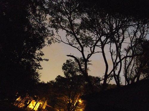 Anoitecer com luz artificial