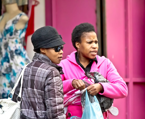 Jozi walkabout - Shopping in pink