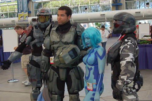 Comic Con 2010: Team Halo