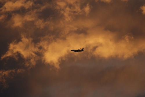 Avión en confusión by FotoMimo