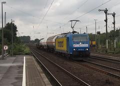TXL 185.518 ( 02.08.10 ) (arjan-mat64) Tags: station br arm wolken lucht dusseldorf rath spoor logistics 185 txl sporen seinen signale baureihe