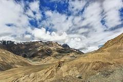 Wide open Space - Ladakhi Region (Arvind Manjunath) Tags: india himalaya polarizer incredible leh himalayas ladakh cpl 2010 hoya greatphoto canonefs1785mmf456isusm incredibleindia canon40d arvindmanjunath img12938