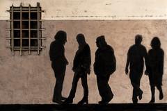 Liberta' illusoria - Illusory Freedom (carlo tardani) Tags: colore ombre pisa finestra toscana murales disegno inferiata nikond300 mygearandmepremium mygearandmebronze febbraio2011challengewinnercontest