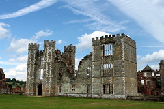 Cowdray Park (Alan1954) Tags: england building sussex ruins tudor historical tp midhurst otw