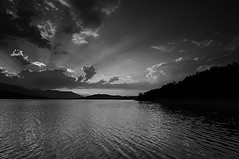 Black and white sunset (Prayann) Tags: nikon lakes plastiralake d300s bestcapturesaoi