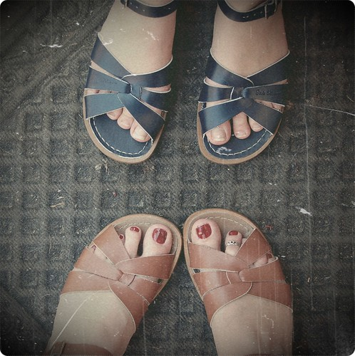 Shoe twins