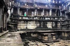 Angkor Wat (parrazubi) Tags: asia cambodia religion angkorwat ruinas angkor siamreap arqueologia camboya jemer