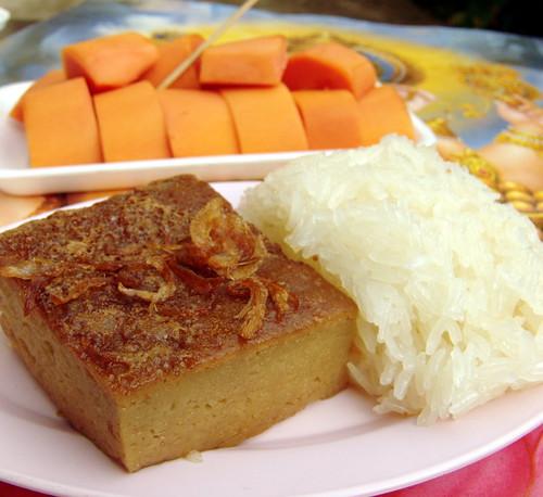 קאנום מור קנג. עוגה מעדשי מונג