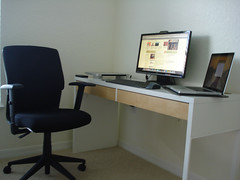 Simple small table setup (cga br) Tags: desktop college ikea table wiring desk laptop room dorm small mini clean workspace wireless setup 100 simple cheap clutter tutorial micke lifehacker macbook cagalindo